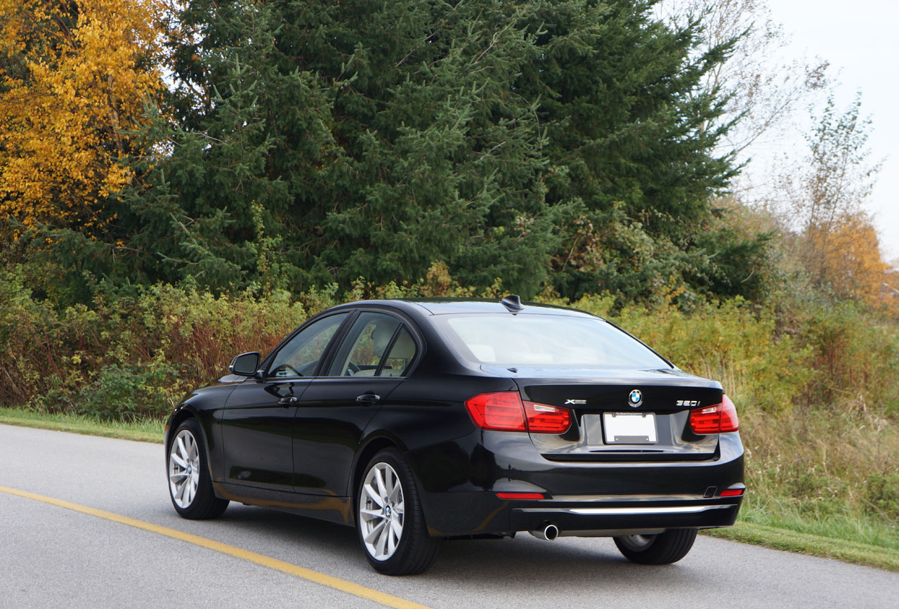thue-xe-bmw-320i-2